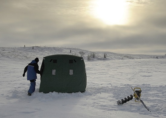 020414 discovering a new ice fishing spot